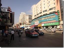 西塔の街路001